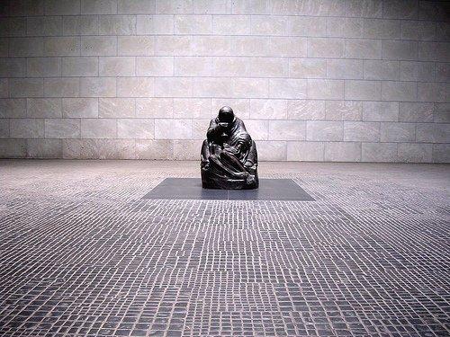 kollwitz new-wache-statue