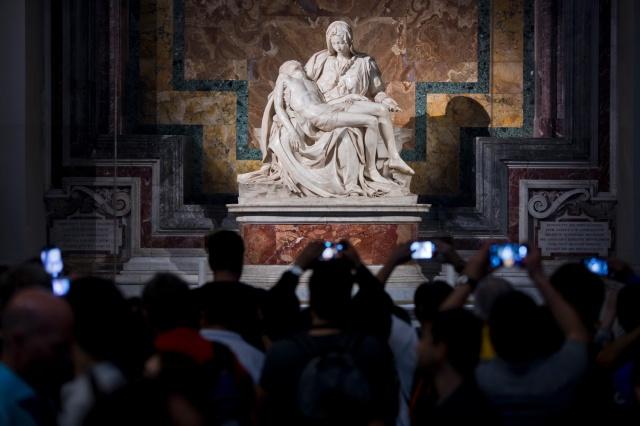 Michelangelo, Pieta, St Peters with crowds